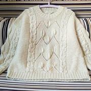 云藤 有立體感的葉子麻花女士棒針直編袖套頭毛衣