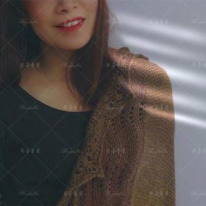 余晖 云彩大地色系女士棒针蕾丝方形披肩