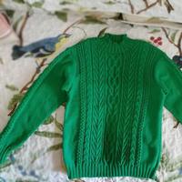 男孩女孩都适合的云棉森林绿棒针绞花毛衣