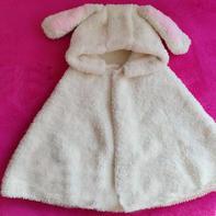 绒绒线成人款棒针兔耳朵斗篷