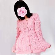 爱蜜莉 复古减龄女士钩织结合粉红镂空开衫毛衣