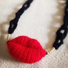 红唇密码 钩针编织红唇项饰