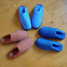 一步步教你织双色毛线拖鞋,有详细编织要点说明