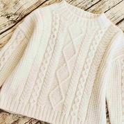 初雪 经典棒针菱形麻花大童白色休闲毛衣