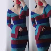 二月 可V领可一字肩的女士钩针修身款连衣裙