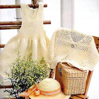实用又美丽钩织结合儿童套装(背心裙与镂空花开衫)