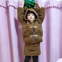 毛圈线钩织儿童棒针小熊连帽开衫外套与短裙套装