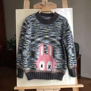 白桦林里的小迷兔 密集段染儿童棒针卡通图案毛衣