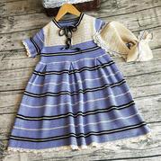 学院风儿童钩针短袖连衣裙与饰领