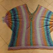 蓝精灵 横织款女士棒针魔球段染羊毛V领蝙蝠衫