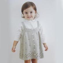 漂亮的云棉儿童棒针一片式背带裙