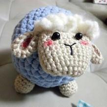 圆滚滚的小羊 很呆萌的云趣钩针小羊玩偶