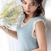 甜美清新木耳边女士钩织结合镂空花背心