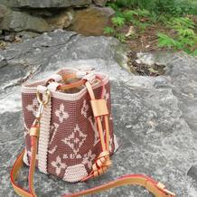 织女们该拥有的LV包包  仿大牌女士钩针斜挎包与手拎包