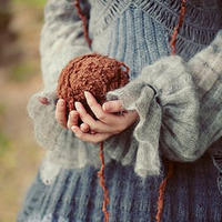 致织女 小诗几句献给热爱编织的姐妹们
