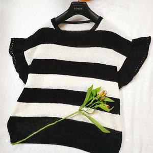 女士棒针黑白小飞袖条纹衫