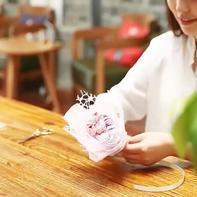 小花束组装方法(6-5)钩针小花束系列编织视频教程