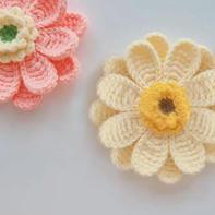 立体梦幻双层钩针装饰花朵编织视频教程